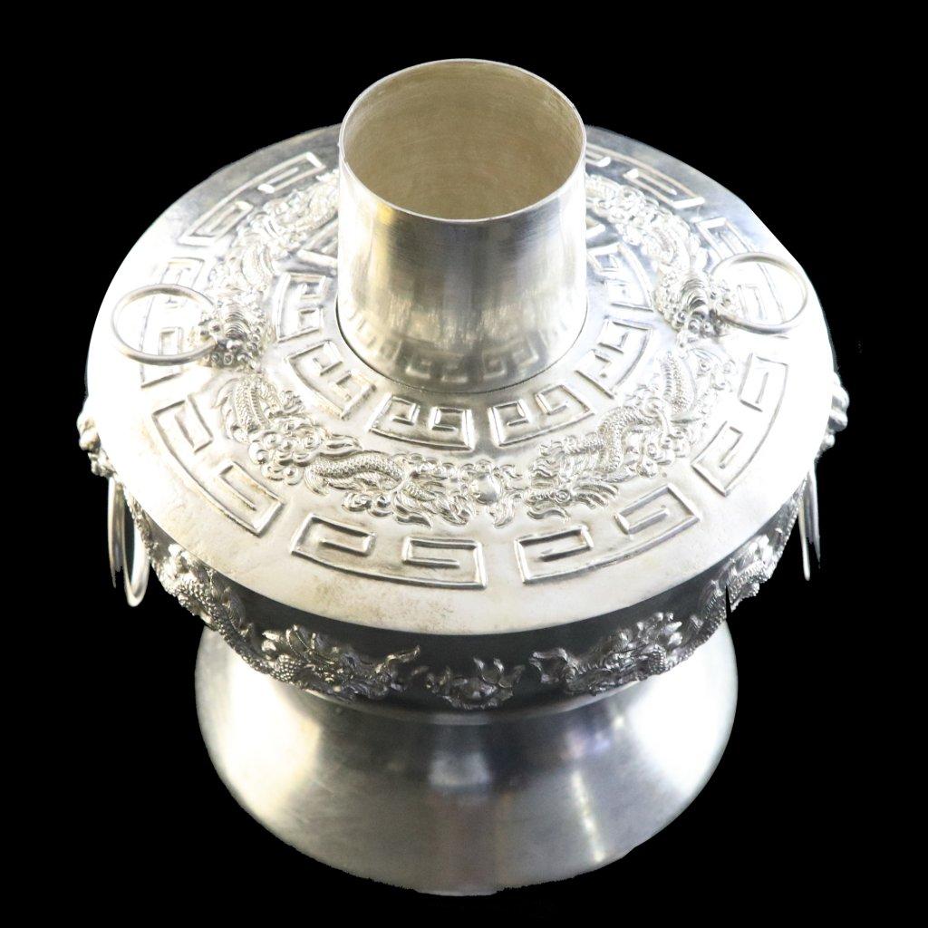 高色银银火锅